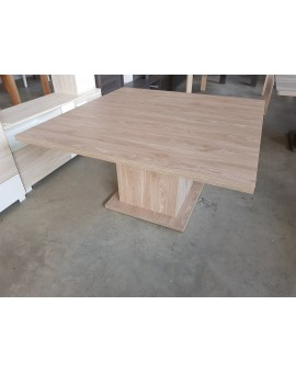 Table carrée Memphis 140cm chêne sauvage